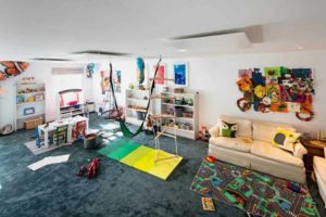 Ceiling mounted Herschel Inspire White in a playroom