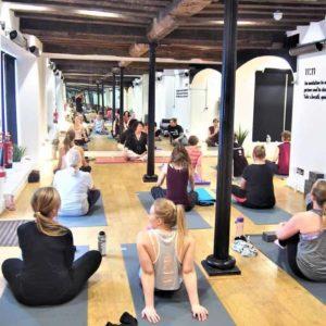 Hot yoga with Herschel Aspect
